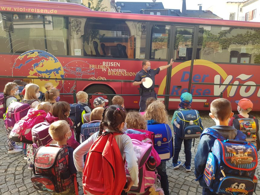 Busfahrtraining für die ersten Klassen